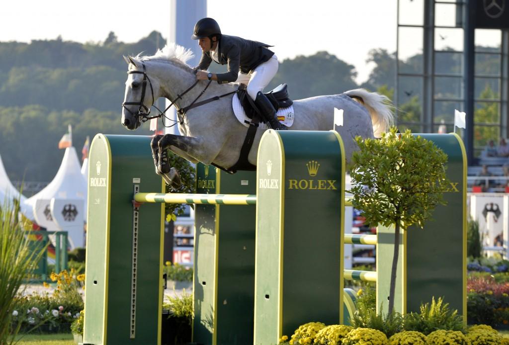 Sergio ALVAREZ MOYA (ESP) riding Carlo 273