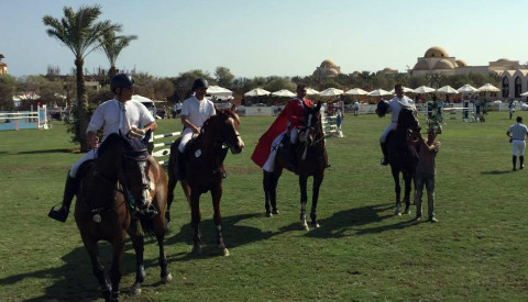 Syria's Munaf Aljabri and Wopicor winners of the CSI1*-W Grand Prix of Sahl Hashish (EGY)
